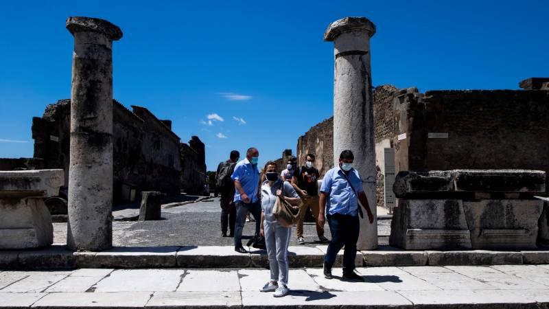Iconic sites reopen as world eyes life after lockdown