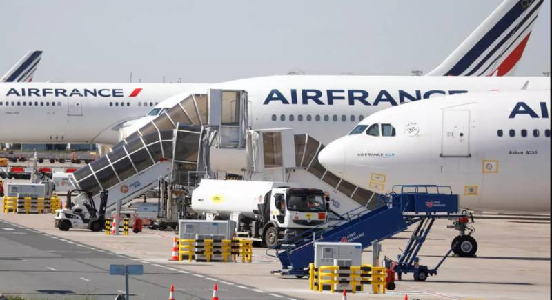 Air France to cut 40% of domestic flights after bailout