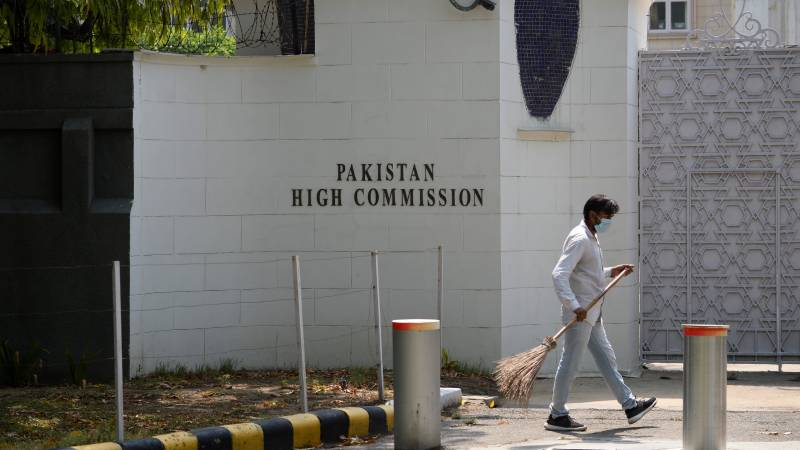 Pakistan embassy officials leave India after spying charges