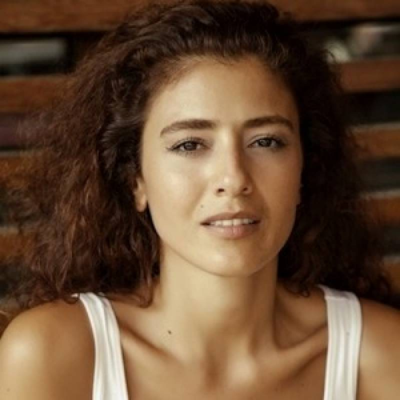 Ertugrul actress says really wants to visit Pakistan someday