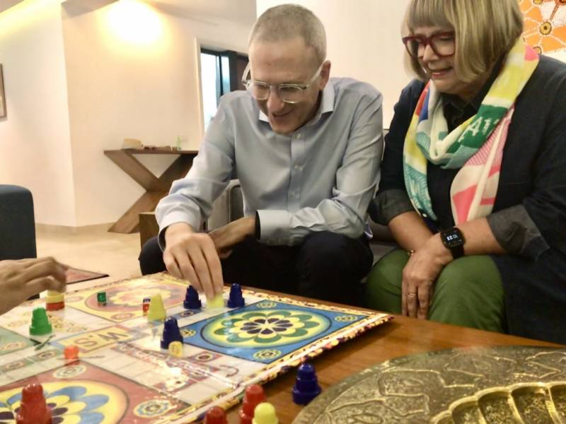Australian High Commissioner rolls the dice, cheers & falls in love with Ludo