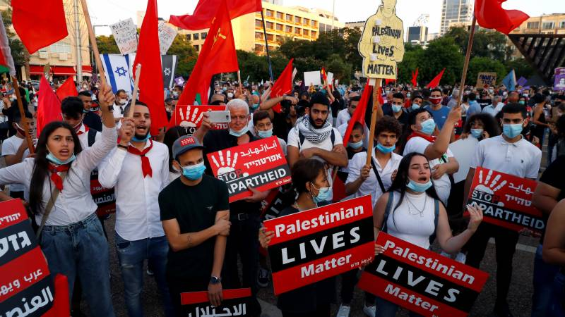 Israelis rally against govt plans to annex West Bank