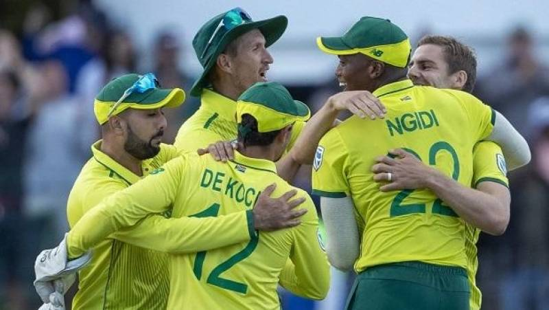 South African cricket restarts with three-team format
