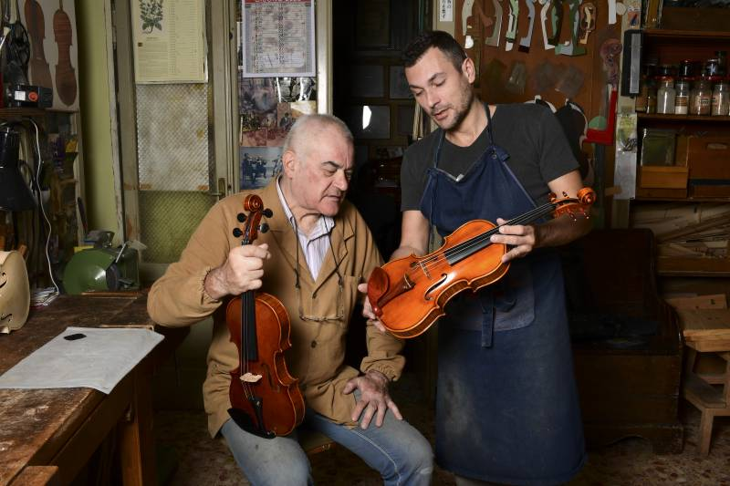 Violin-makers tune in to tradition of Stradivarius in Italy's Cremona