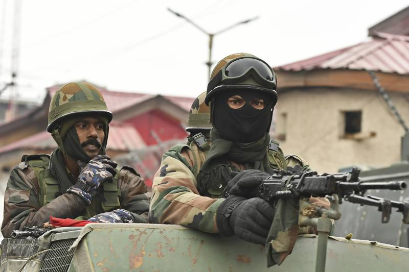 Indian troops martyr eight more youth in IOK