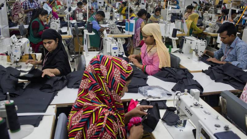 Apparel industry wants operations also on Saturdays to complete export orders