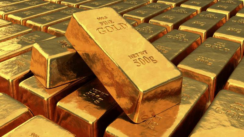 Gold price sees Rs1600 per tola increase