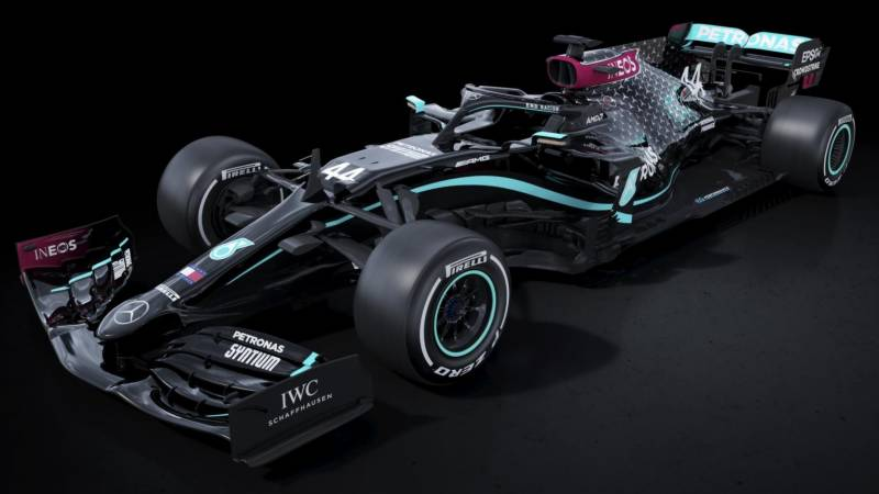 Mercedes go black in support of anti-racism movement