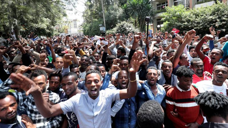 Three dead as protests erupt over killing of Ethiopian singer