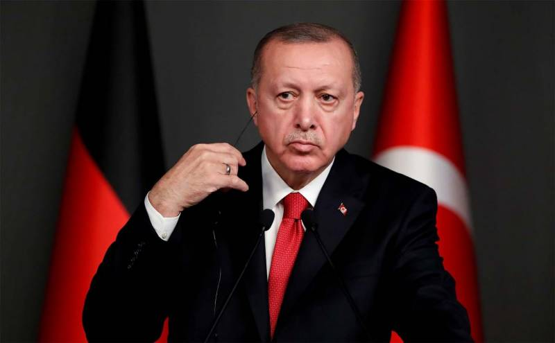 Erdogan vows social media 'control' after family insulted