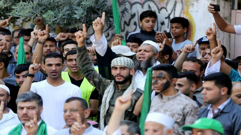 Hamas tests rockets to warn Israel over annexation plan