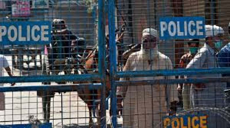 Punjab govt reopens 61 areas in Lahore, extends lockdown in 7 localities