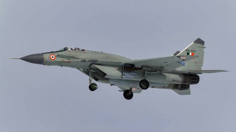 India to buy 33 Russian fighter jets amid rising tensions with China
