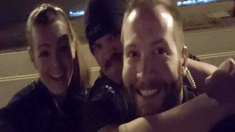 US officers fired over photo imitating chokehold on black man