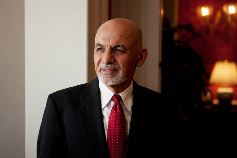 Afghan president pushing for global 'consensus' on talks with Taliban