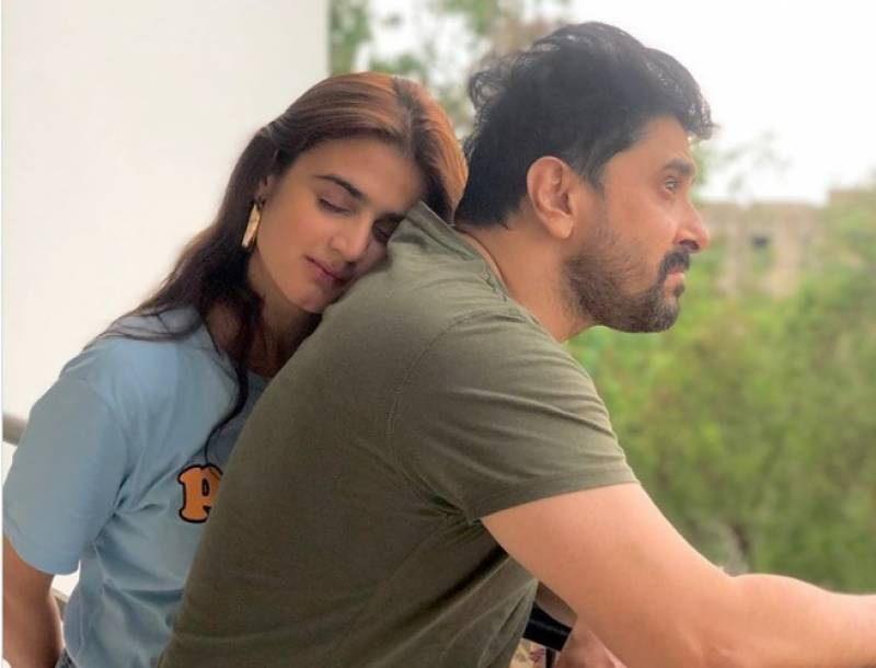 Actress Hira Mani's pictures with husband go viral