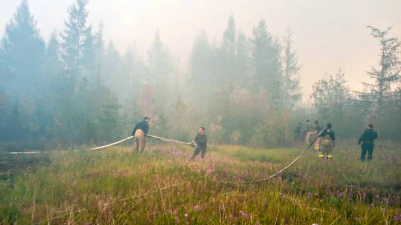 Russia battles wildfires amid record warm weather