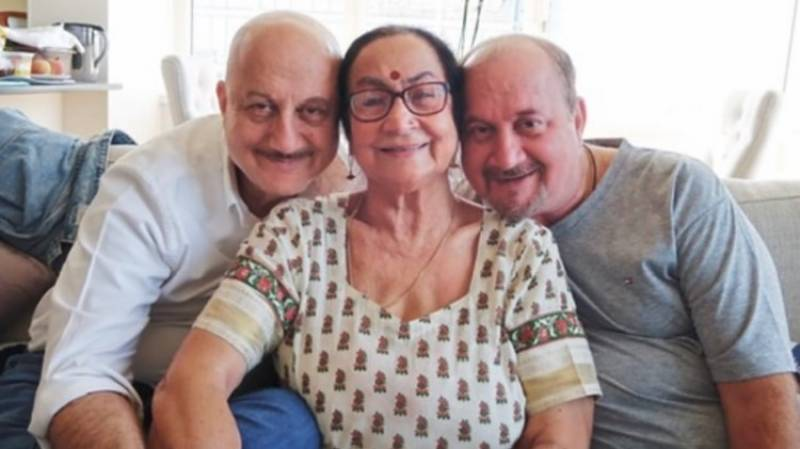 Anupam Kher's mother, brother, sister-in-law, niece test positive for virus