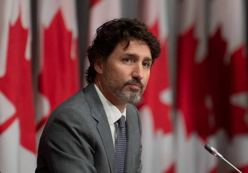 Canada's Trudeau 'sorry' over controversial charity contract