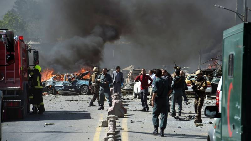Dozens wounded as Taliban bomb rocks Afghan intel office