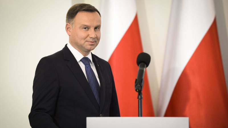 Polish president leads in knife-edge vote: exit poll