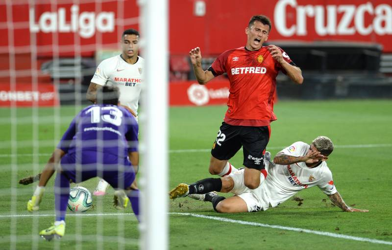 Sevilla on cusp of Champions League qualification after Mallorca win