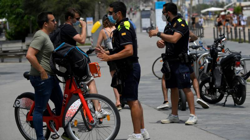 Catalan govt reimposes local lockdown after legal tussle
