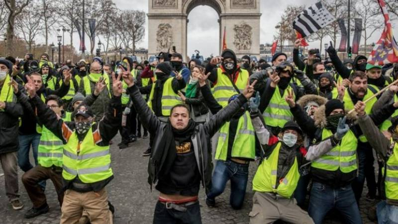 Security scare as France's Macron accosted by protesters