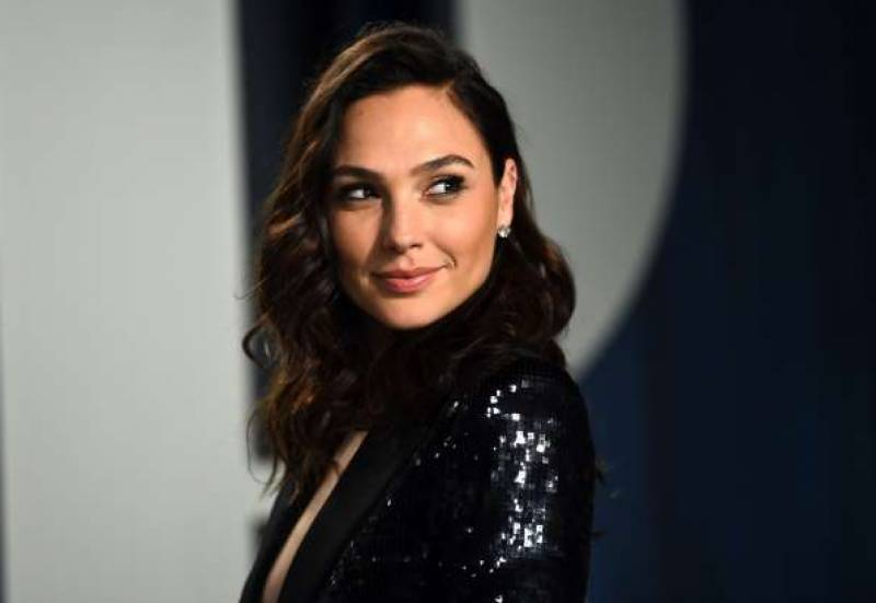 Gal Gadot in talks for lead in new female-led spy-thriller