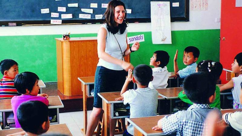 China eyes stricter oversight of foreign teachers