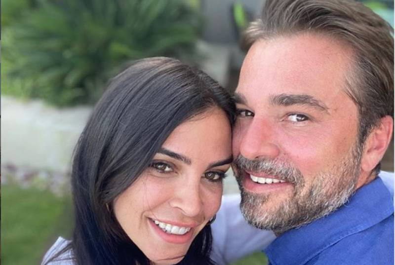 Ertugrul's wife shares loved-up photo to celebrate her hubby's 40th birthday