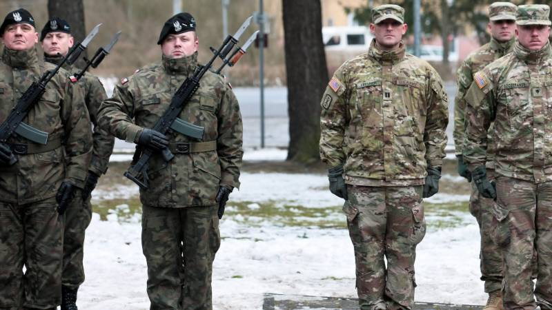 Poland says US to deploy troops on eastern border