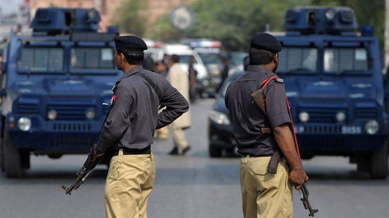 Karachi sub-inspector killed in drive-by shooting