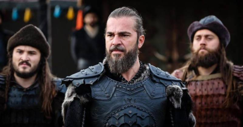 Ertugrul star Engin Altan interview to broadcast today at PTV