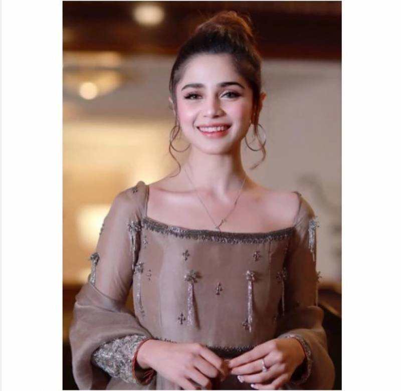 Aima Baig pays tributes to medical staff this Eid