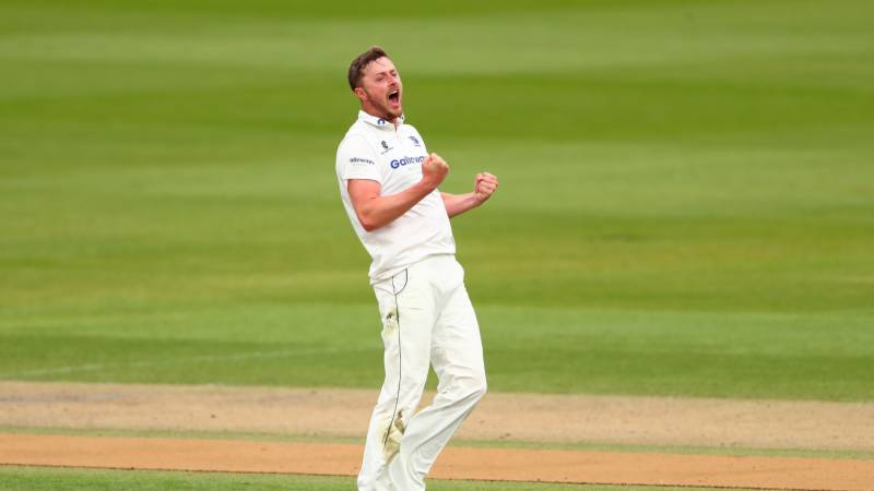 England add Robinson to squad for second Test against Pakistan