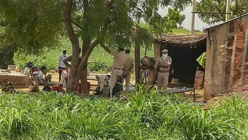 11 members of Pakistani Hindu migrant family 'found dead' in India