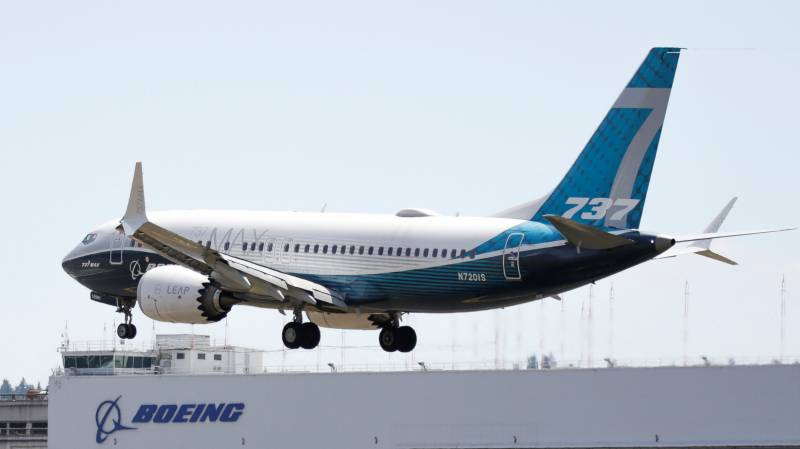 Boeing hit with 43 737 MAX cancellations, no new orders in July