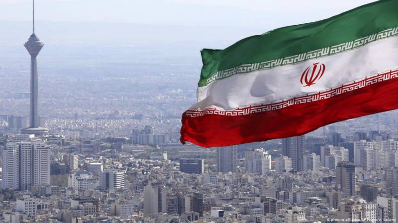 Iran jails 2 as spies for Israel, Germany, UK