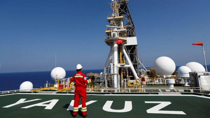 Turkey vows to step up gas exploration in east Med