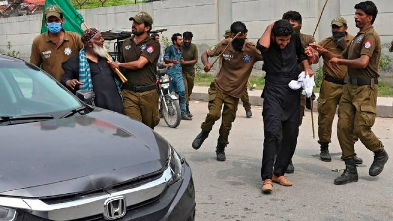 Maryam, PML-N leaders booked for 'attacking' police, NAB officials