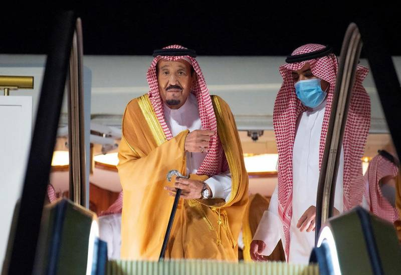 Saudi king lands in Red Sea megacity to 'rest' after surgery