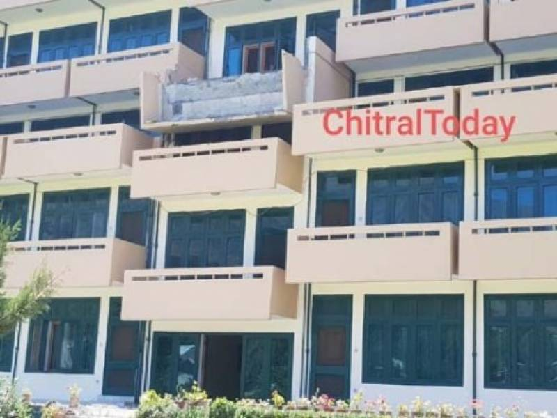Two dead, 15 hurt in Chitral hotel balcony collapse