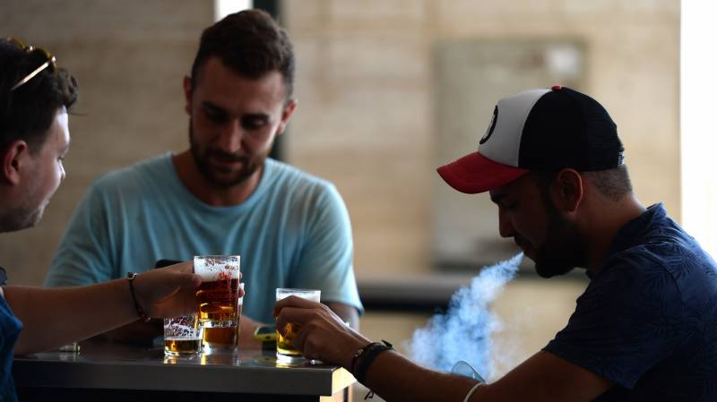 Spain closes discos, bans smoking in the street in new virus measures