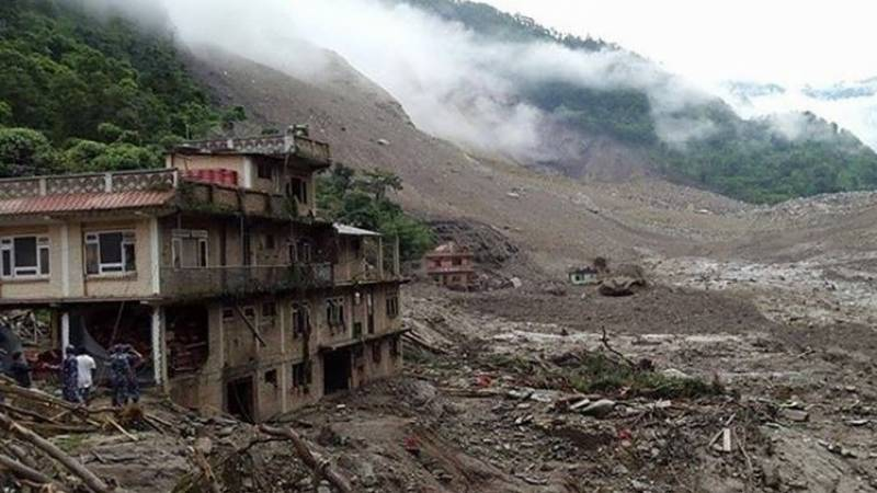Nepal landslide toll rises to 19 as hope fades for missing