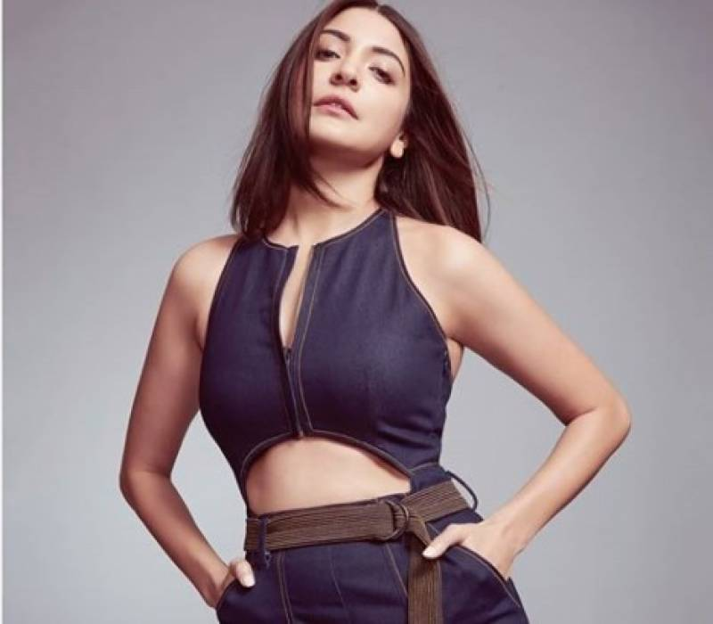 Bollywood actress Anushka Sharma raises glamour quotient with latest pictures