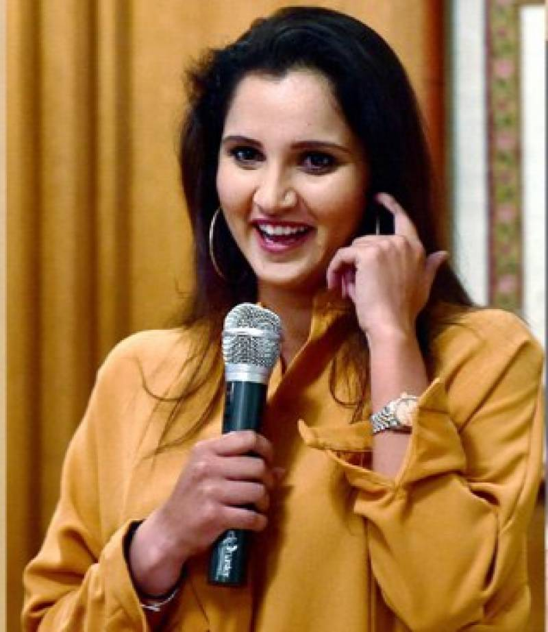 Sania Mirza says Shoaib Malik and Dhoni are similar