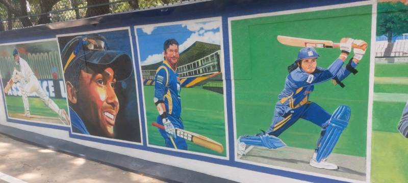 Paintings of prominent Sri Lankan cricketers on police station wall