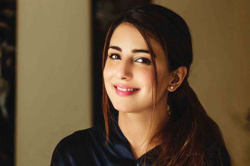 Ushna Shah recalls toxic environment in her latest tweets