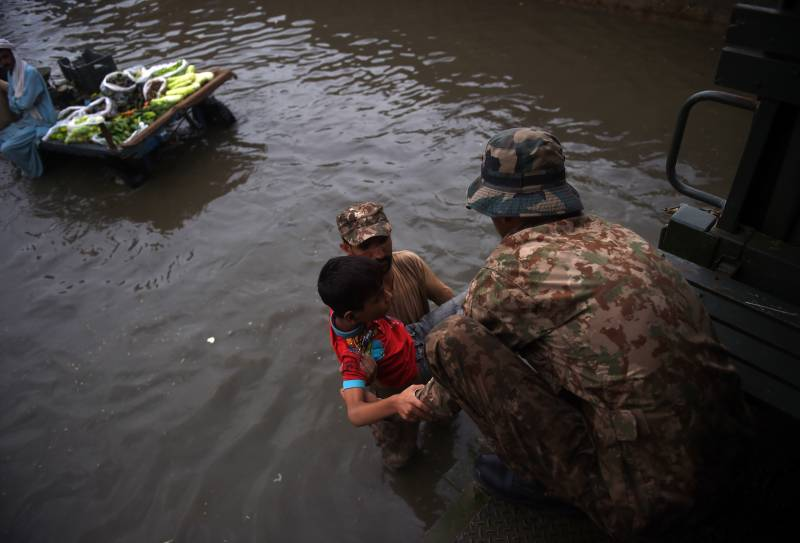 Army leads relief operation after rain wreaks havoc in Karachi